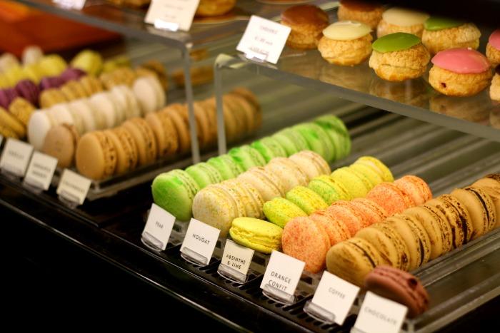 Cocoa Atelier Macaroons