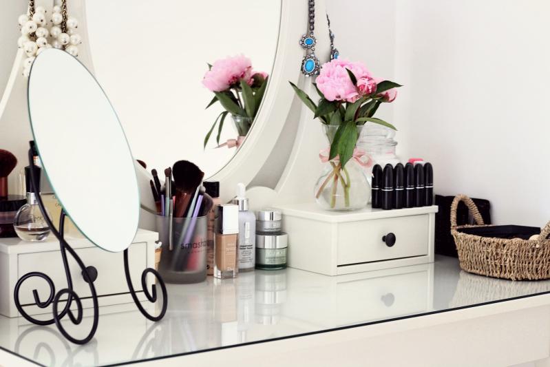 Beauty Table