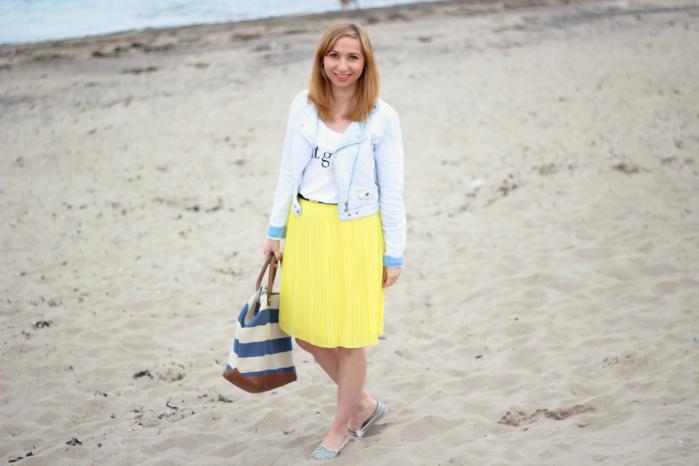 Mango yellow pleated skirt_Fotor