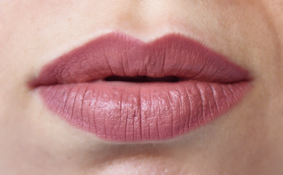 lip liner lips sexy