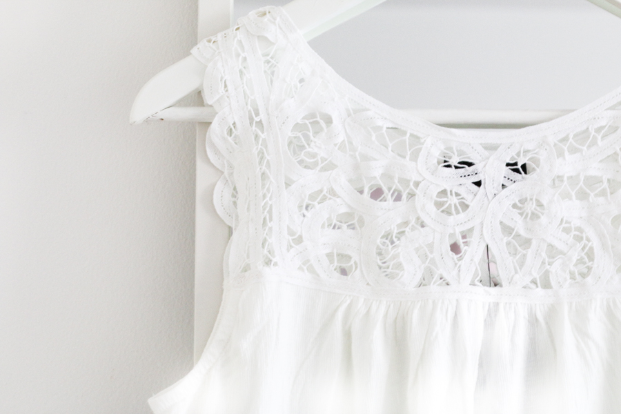 New Look white broderie anglaise top (1 of 1)